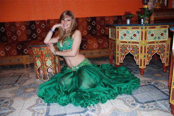 4d3b6058e006f7 Costume danse orientale vert émeraude - Iman Danse Orientale ...