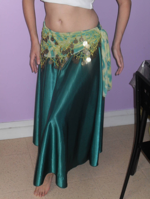 db43ff476c5f53 Jupe verte irisée + foulard voile brodé sequins - Iman Danse ...