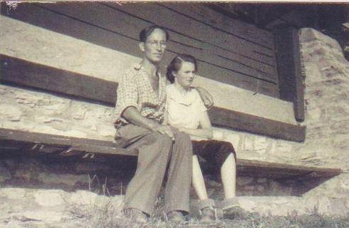 Jean et Josiane à Jaman 1952