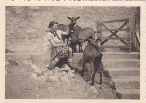 Josiane à Jaman 1952
