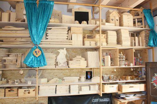 Peinture bois cours objets bois brut peinture d corative for Peinture sur bois brut