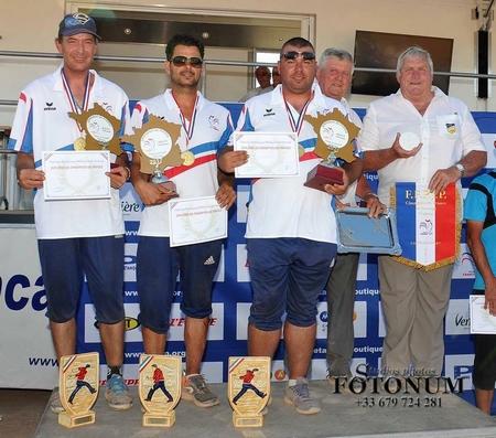 Champions TRI Provençal.jpg