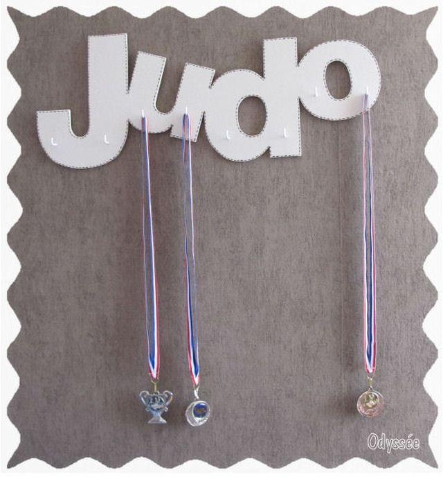 Porte médailles
