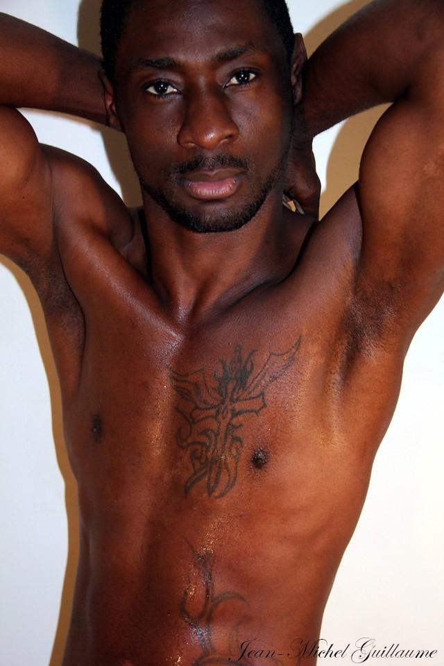 Escorte Black Gay 76
