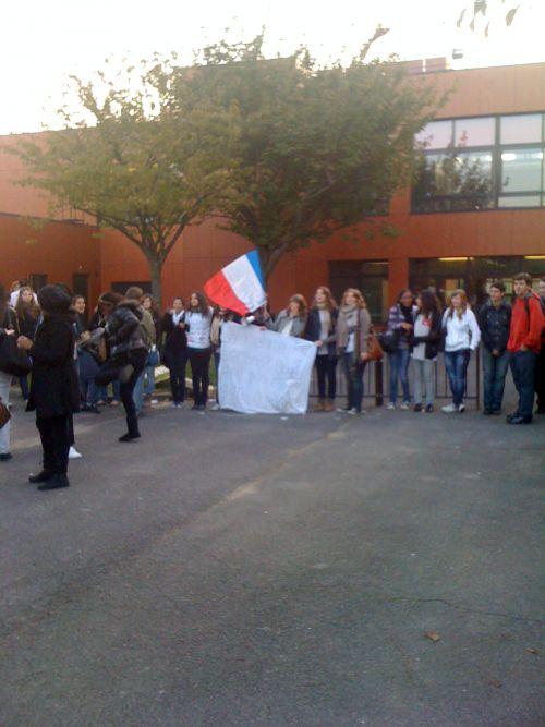 Blocus du lycée (18/10/10) (1)