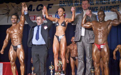 Dans l'ordre: 1er (moi) toute catégorie body, 1er toute catégorie miss figure et 1er toute catégorie athlétique