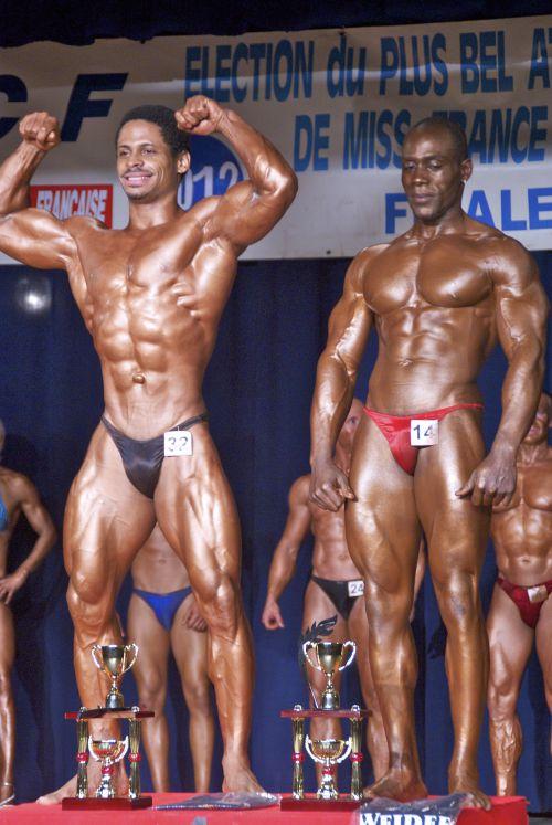 En noir 1er (moi) toute catégorie body, en rouge 1er toute catégorie athlétique