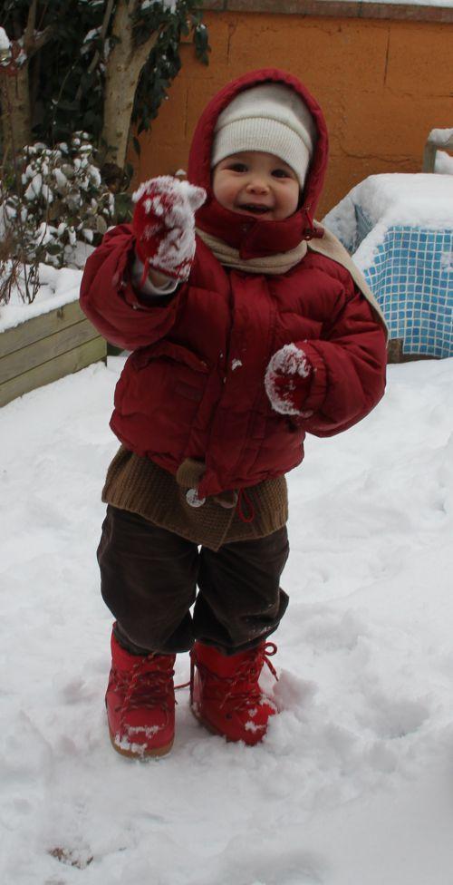 tiens tatie de la neige.