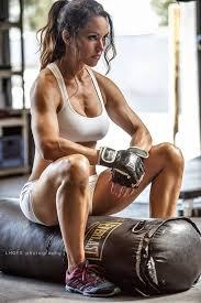 boxeuse assise.jpg
