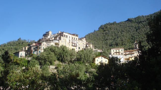 Village d'Airole