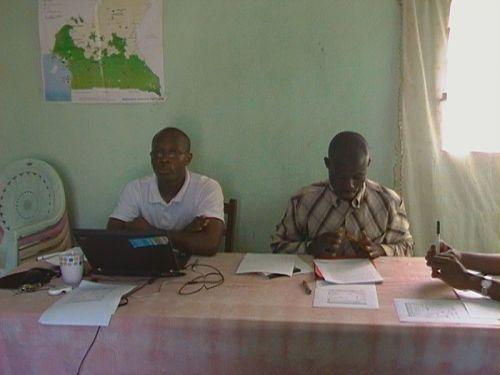 Conférence du 20 novembre 2010 sur le Darfour. De la gauche vers la droite: Francis Fogue et Yaya Shérif