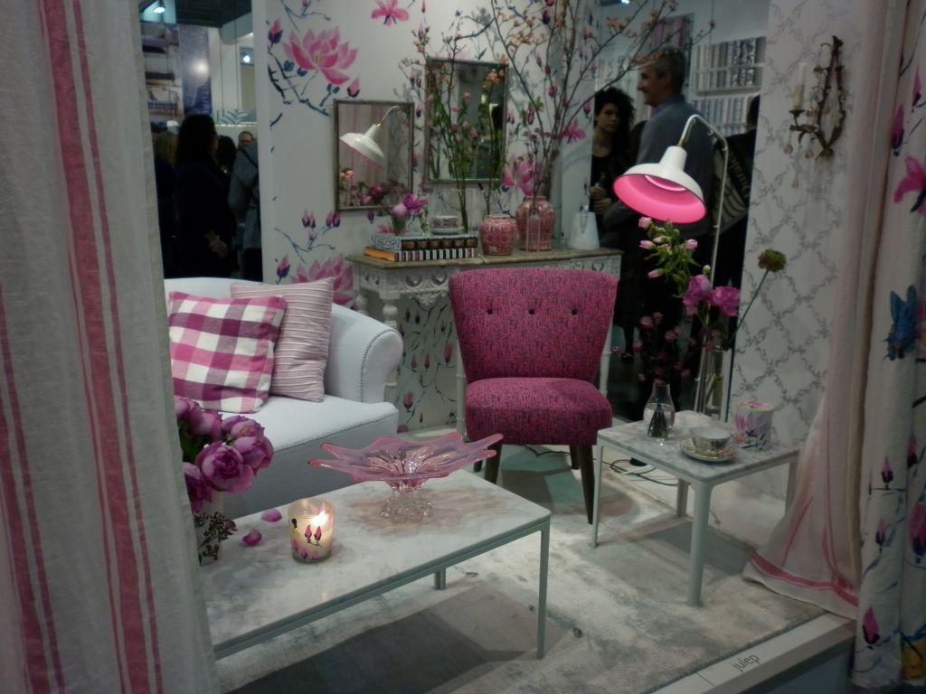 petit aper u du salon maison et objet fauteuil et patine. Black Bedroom Furniture Sets. Home Design Ideas