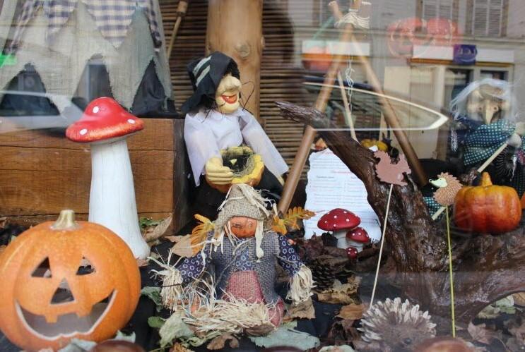 vitrine halloween.jpg
