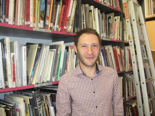 Damien Chanterenne bibliothèque du Musée Paul Dini.JPG