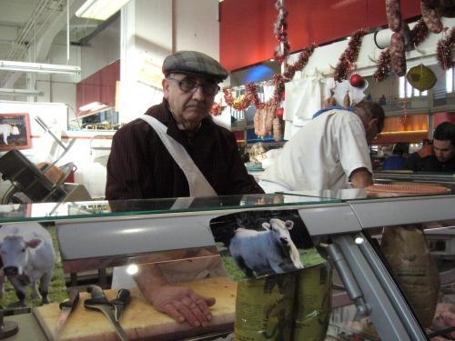 marché jour de l'an 011 Boucherie Martel.JPG