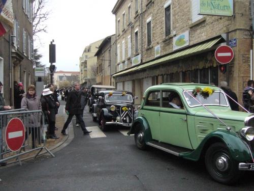 Désormais départ des pétroleuses rue Jean Cottinet.JPG