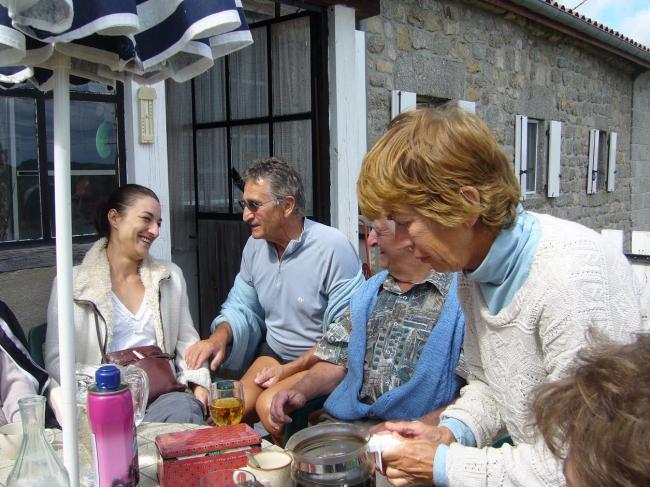 Auvergne juillet 2010 029 Hélène Christian Vigouroux Jeannot Nauton Jeanine Vigouroux Bugeac.JPG