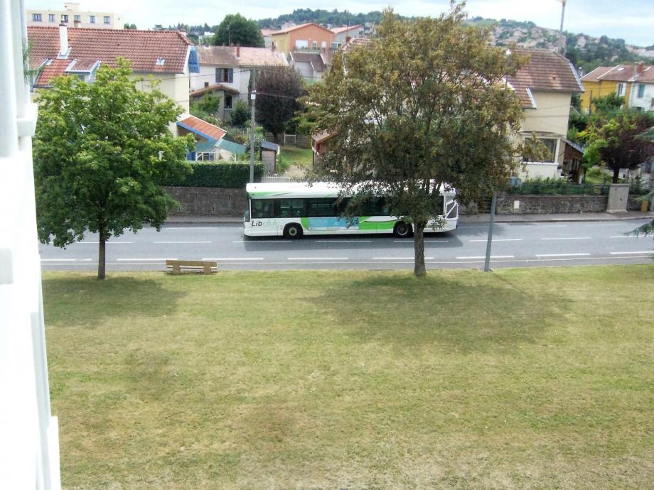 bus libellule à belleroche.jpg