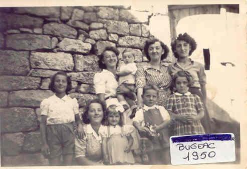 Bugeac 1950 Les tantes Nauton les enfants Roux et Vigouroux.jpg