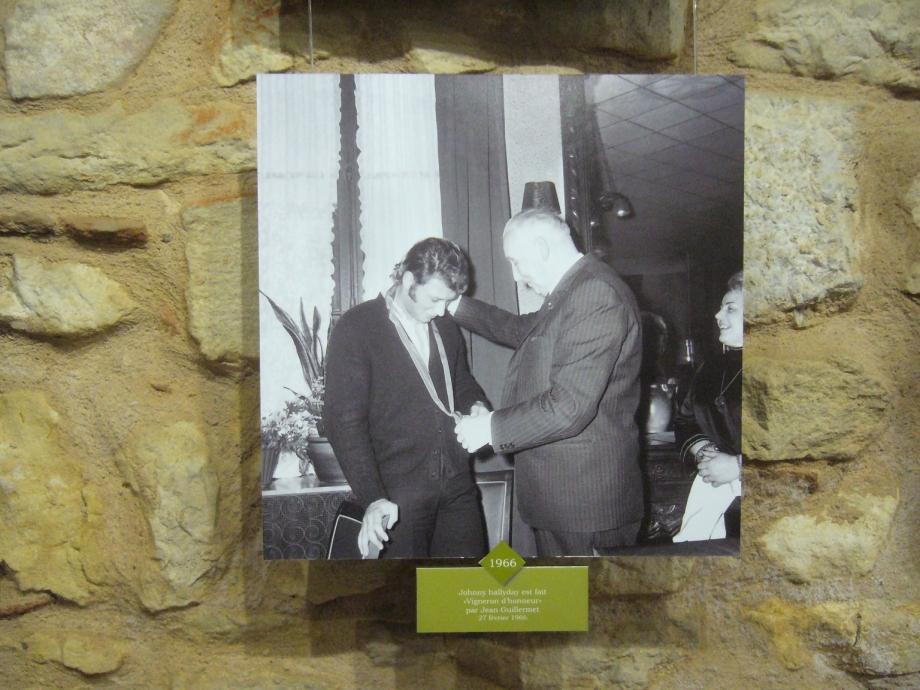 notre johhny national vigneron d'honneur en 1966.jpg