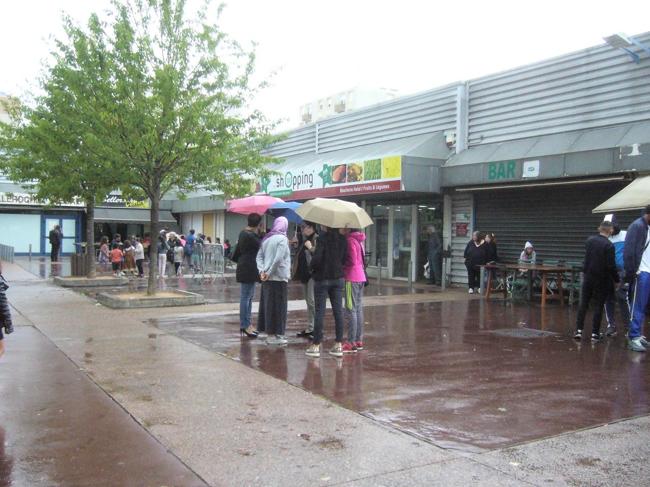 fdq 20 la pluie n'arrete pas tout le monde.jpg