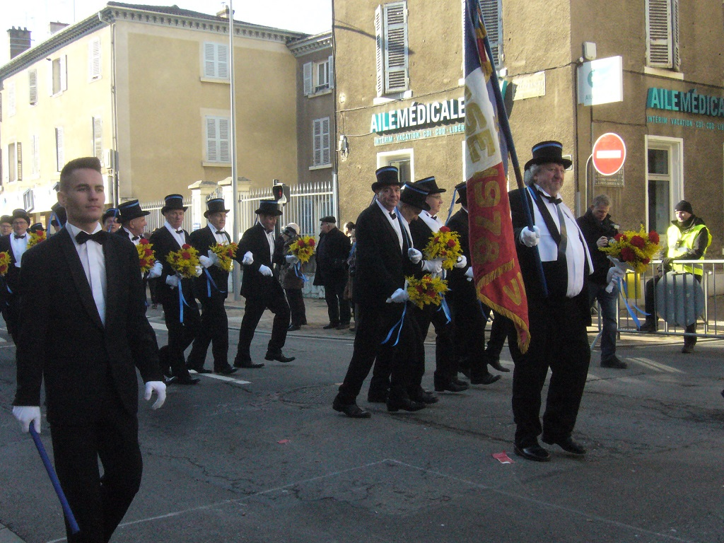 60 ansMarc parade.jpg