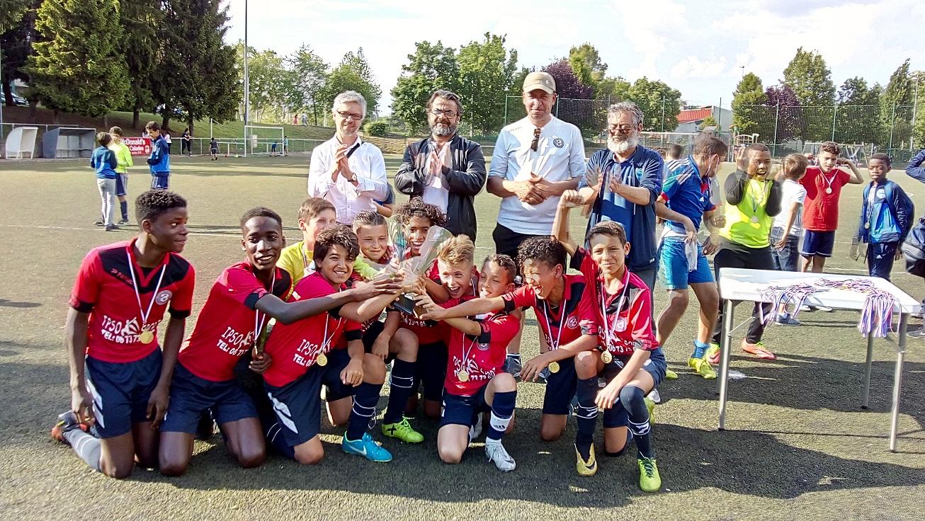 L'ASSUL VILLEURBANNE GRAND GAGNANT DU TOURNOI GENERAL.jpg