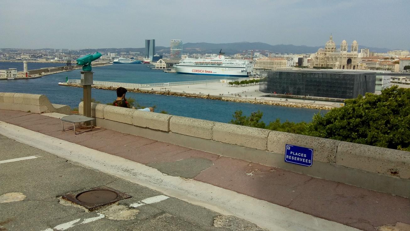 Marseille 2018 11 jardins pharo.jpg