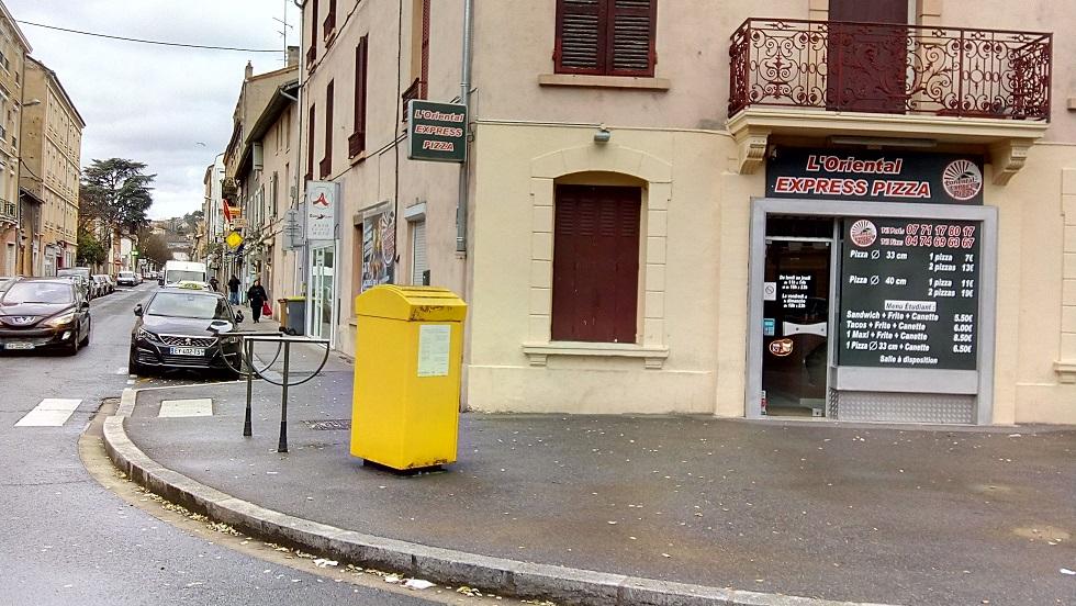 rue de tarare 3.jpg