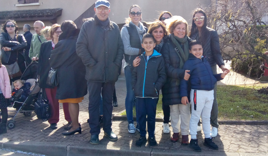 Limas en famille pour les Meghadi.jpg