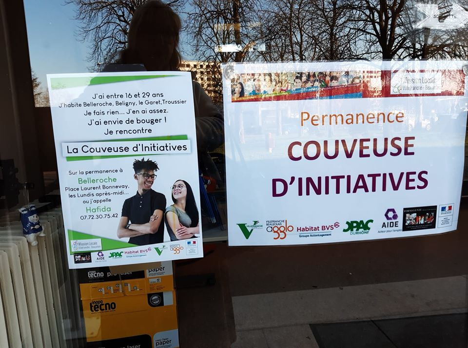 affiche couveuse initiatives.jpg
