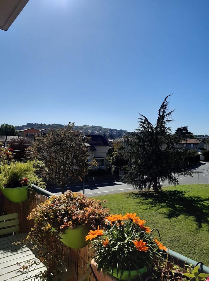 10 10 2019 vue sur Limas depuis mon balcon apres midi automnal.jpg
