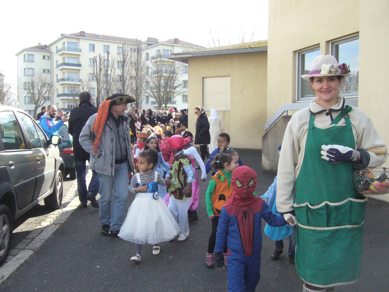 carnaval bonthoux 002.JPG