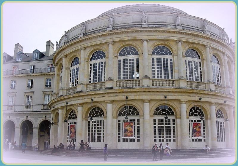 Théatre Opéra.jpg