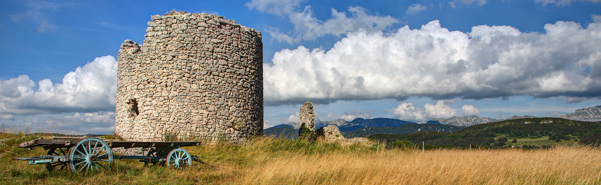 Moulins à vent de Vassieux en Vercors
