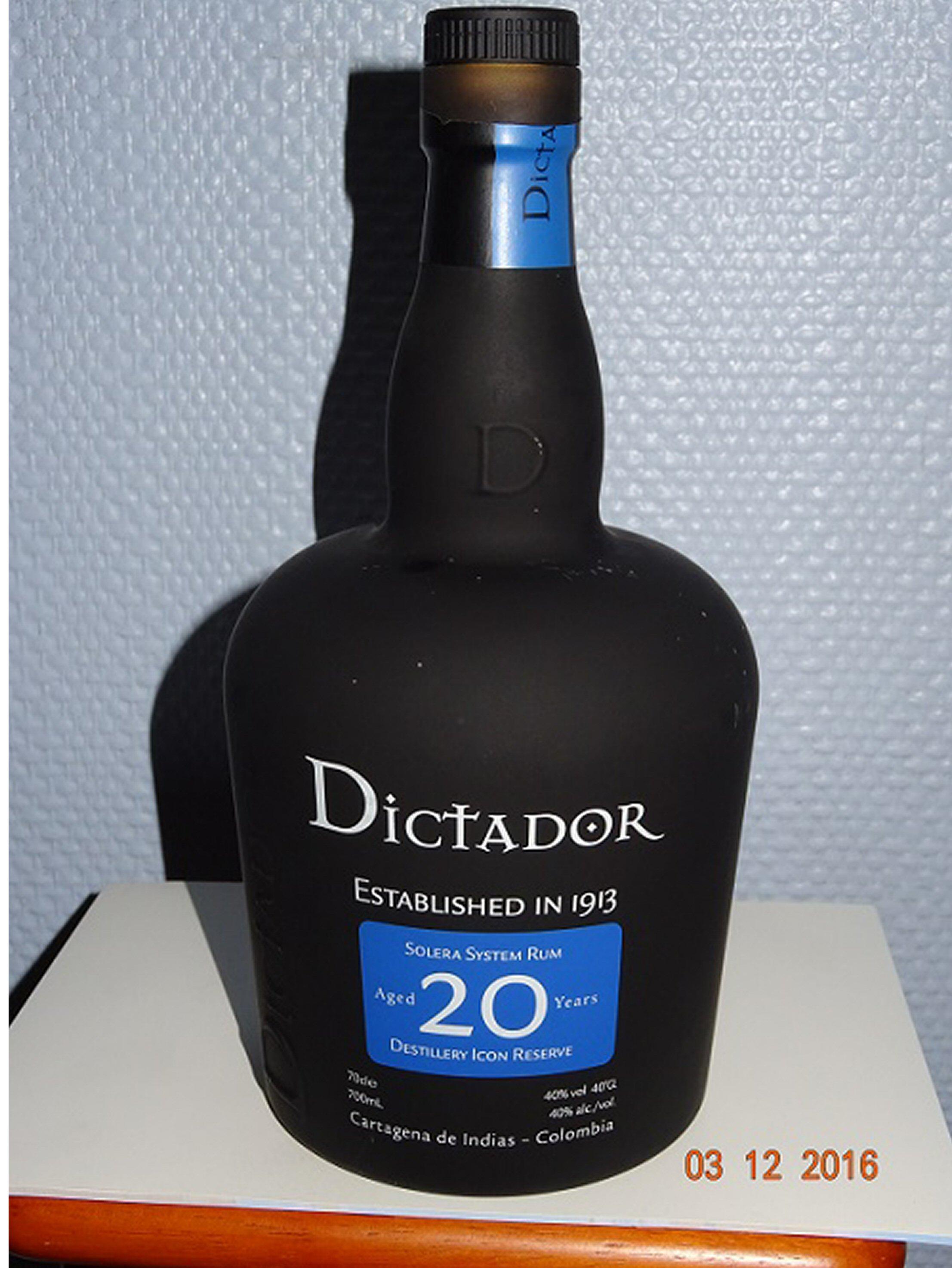 DICTADOR 70CL A BIS.JPG