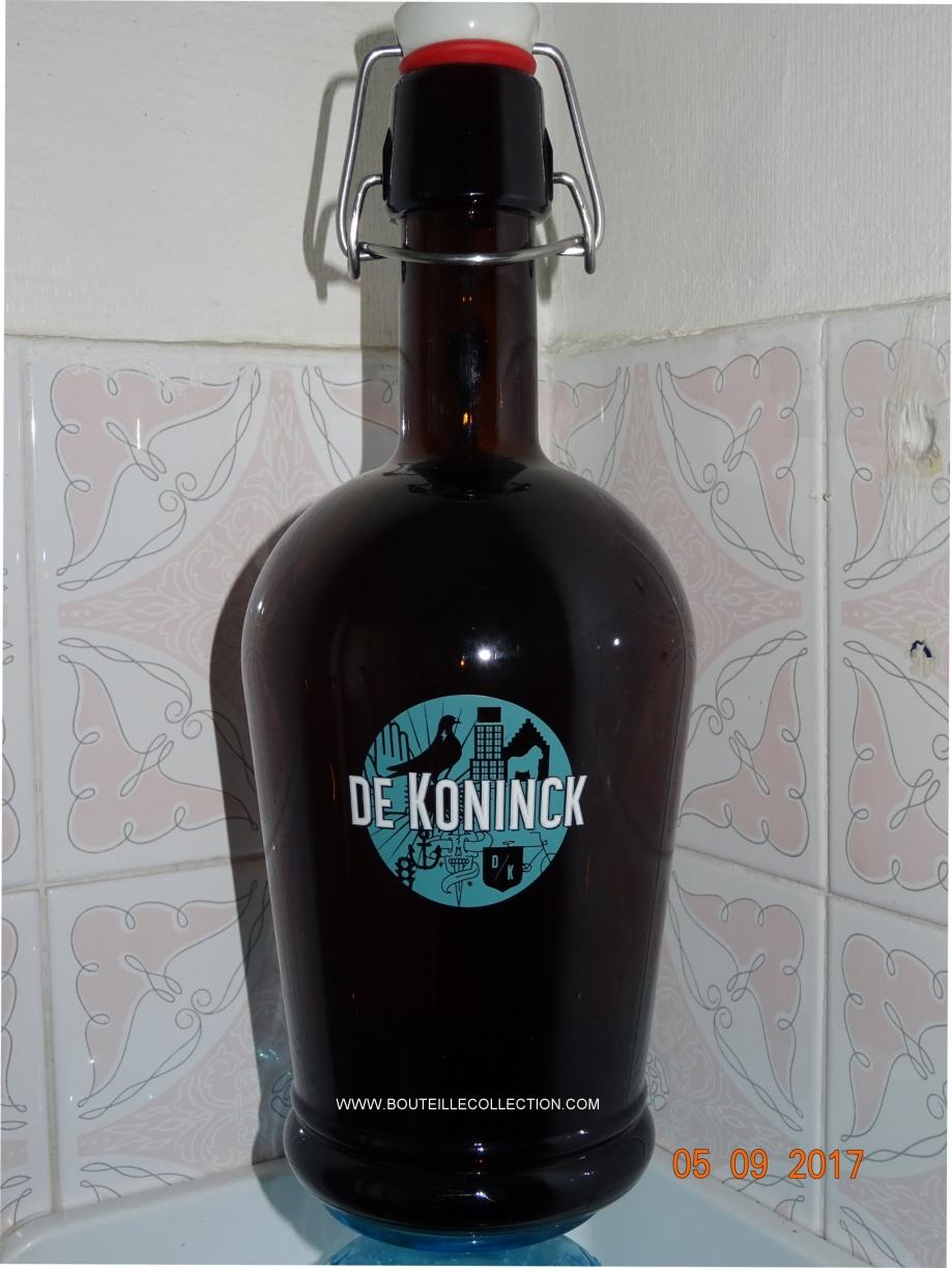 DE KONINCK 100CL AA.jpg