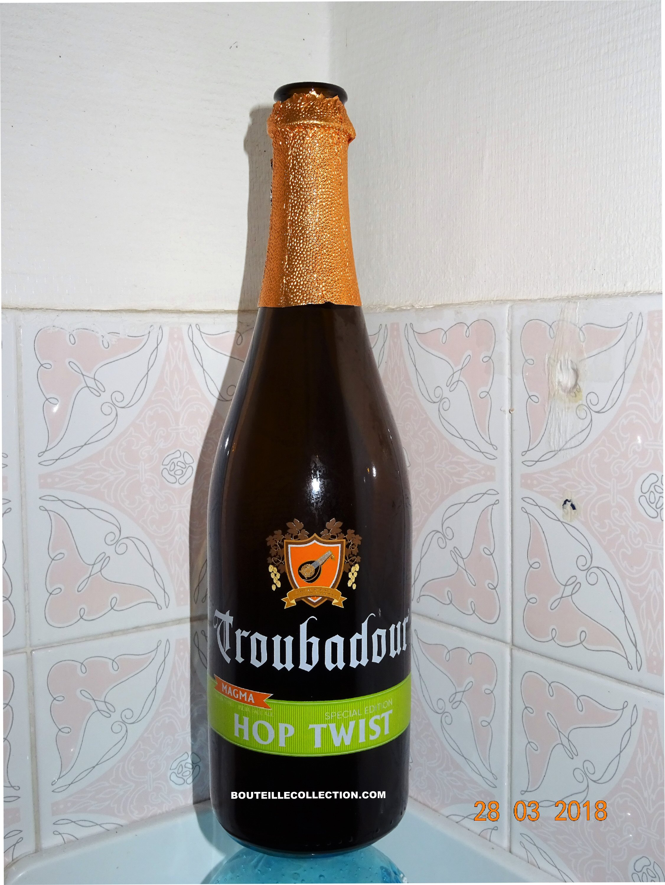 TROUBADOR HOP TWIST 75CL 2017 B  .jpg