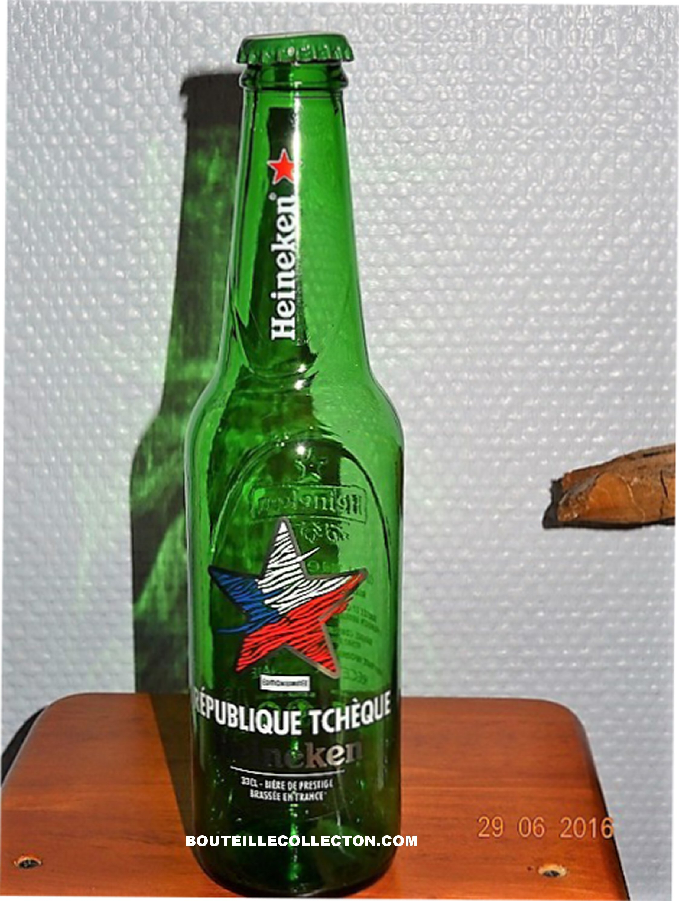 AG HEINEKEN COUNTRIES EDITION TCHEQUE 2016 33CL B.jpg