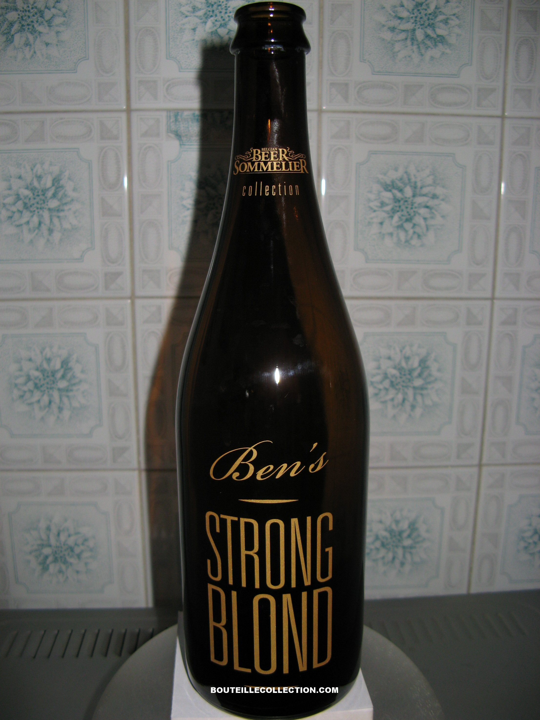 BEER SOMMELIER STRONG BLOND 75CL B OK .JPG