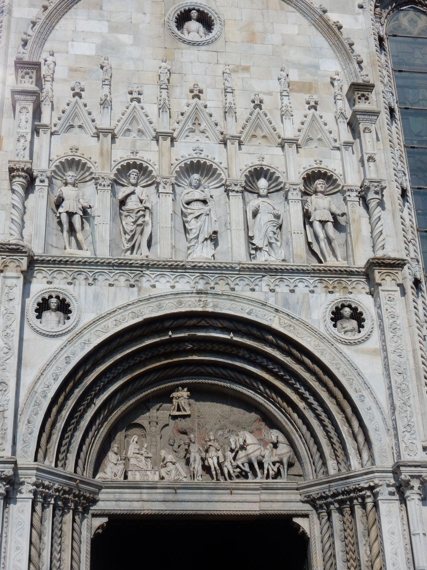 Italie int rieur de la cath drale de c me le voyage for Le voyage interieur