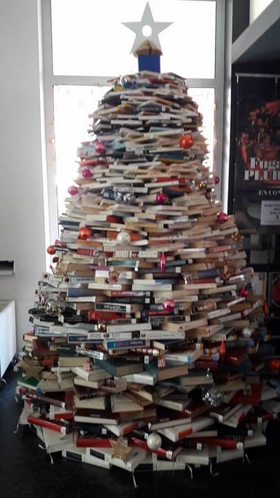 Sapin de livres.jpg