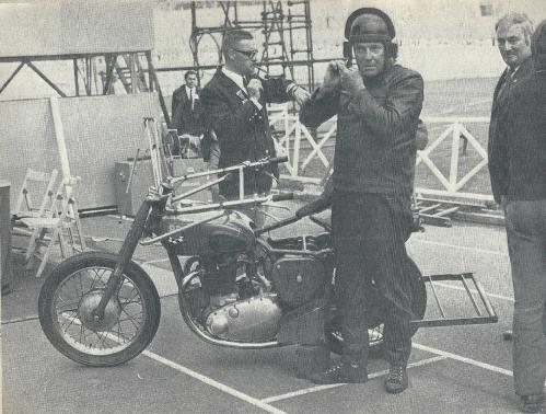 BSA Victor Longue e.jpg