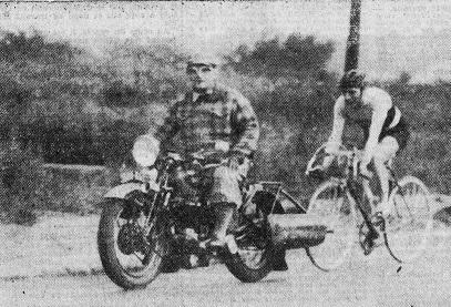 BP 1937 L'Auto-vélo___21 MAI_cropB THIETARD DERRIERE MASSAL - Copie.jpg