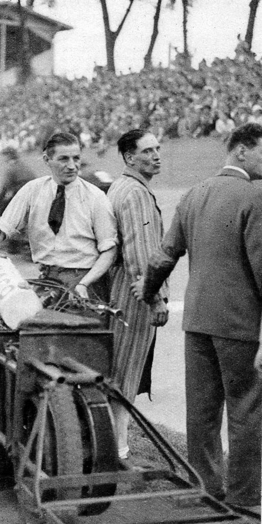 CM 1934 Le_Miroir_des_sports_ 28 AOU_crop.jpg