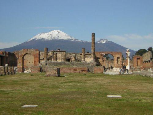 Pompéi et le Vésuve en hiver