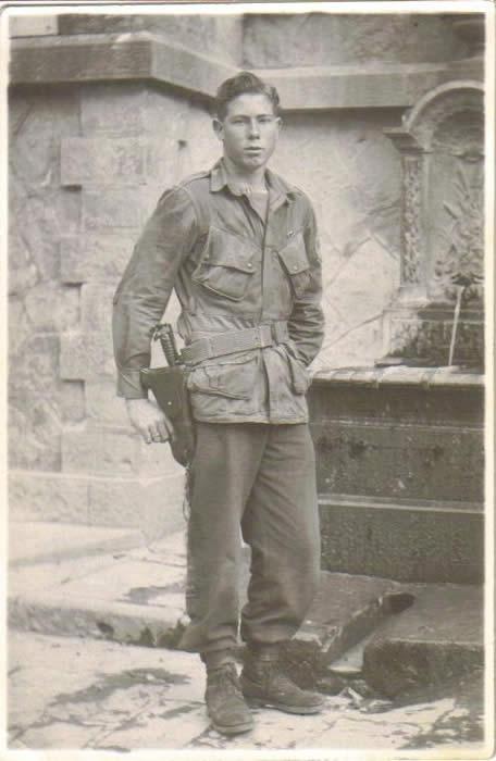 Louisccrowderparatrooper21stbdayoct181944.jpg