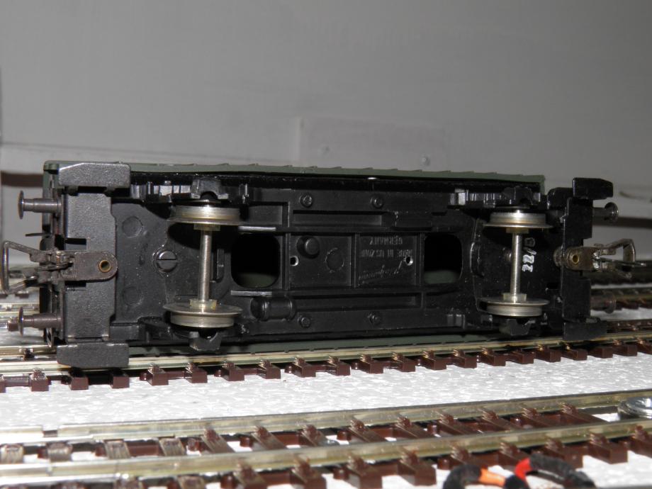 PC080785.JPG