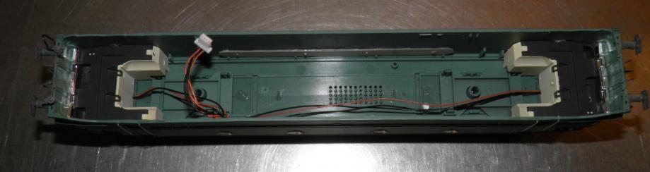 PA100618