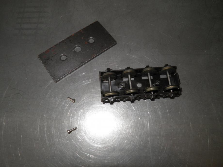 PC300323